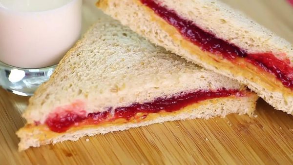 Бутерброды сладкие