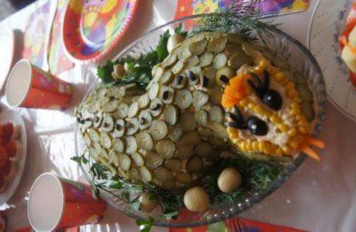 салат змея на праздник
