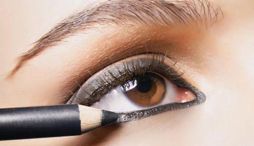 красить глаза карандашом, чтобы они казались больше