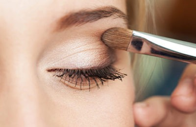 Как покрасить глаза тенями